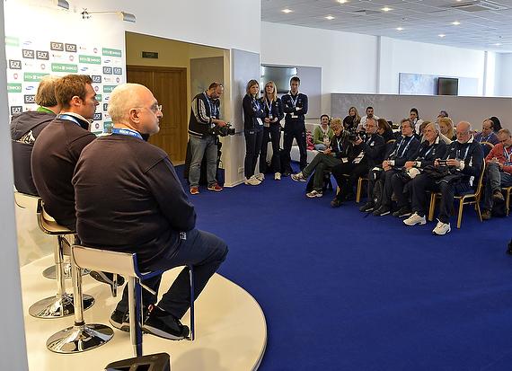 conferenza casa italia foto mezzelani gmt 004
