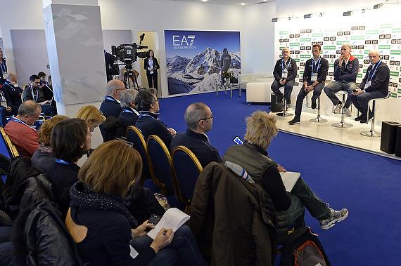 conferenza casa italia foto mezzelani gmt 005
