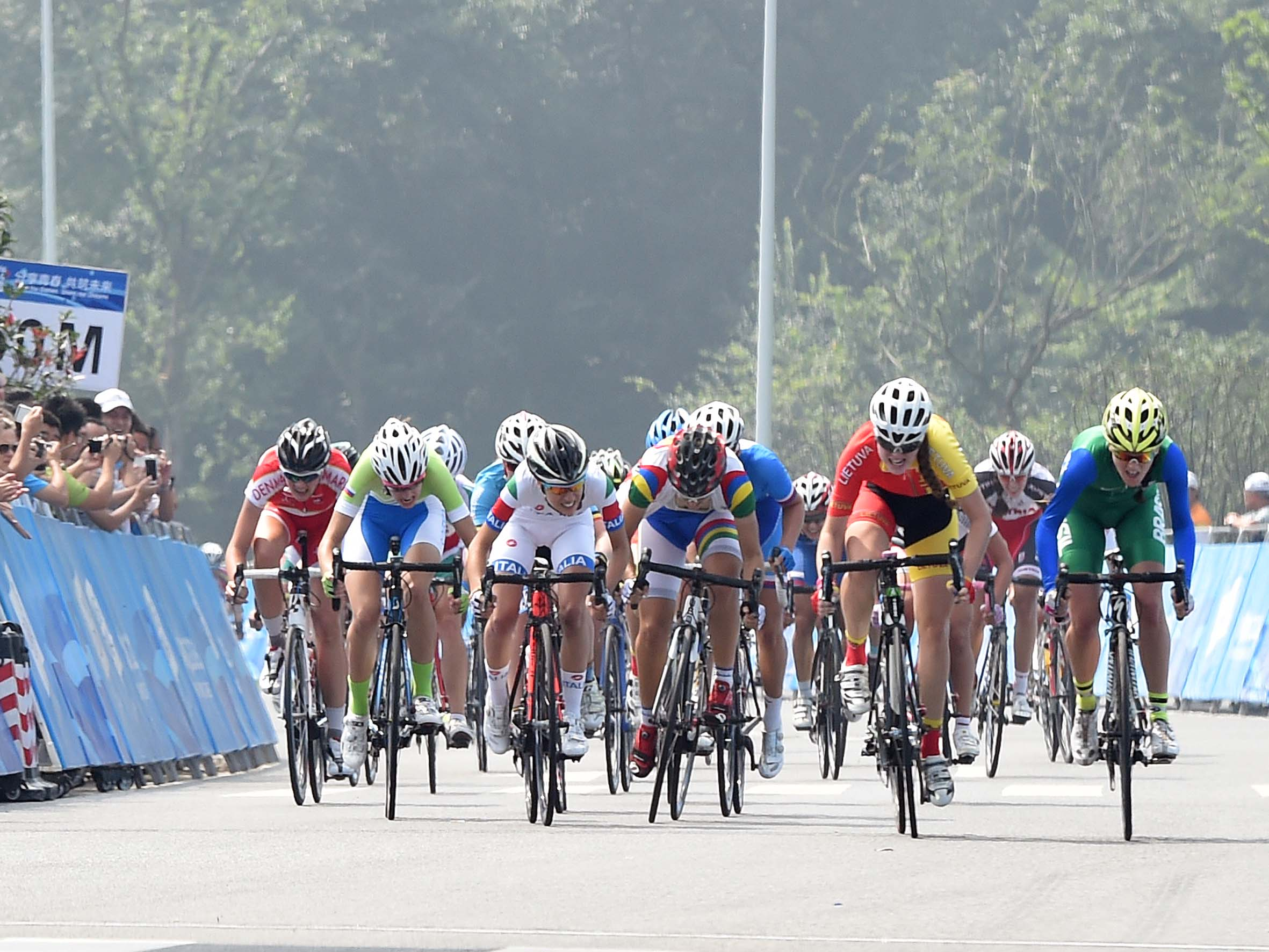 Ciclismo donne 01