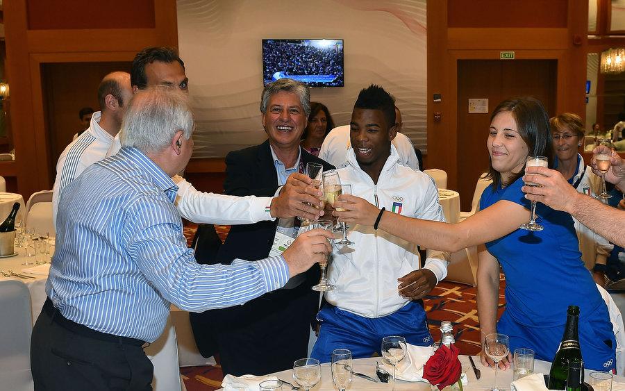 champagne mezzelani gmt022