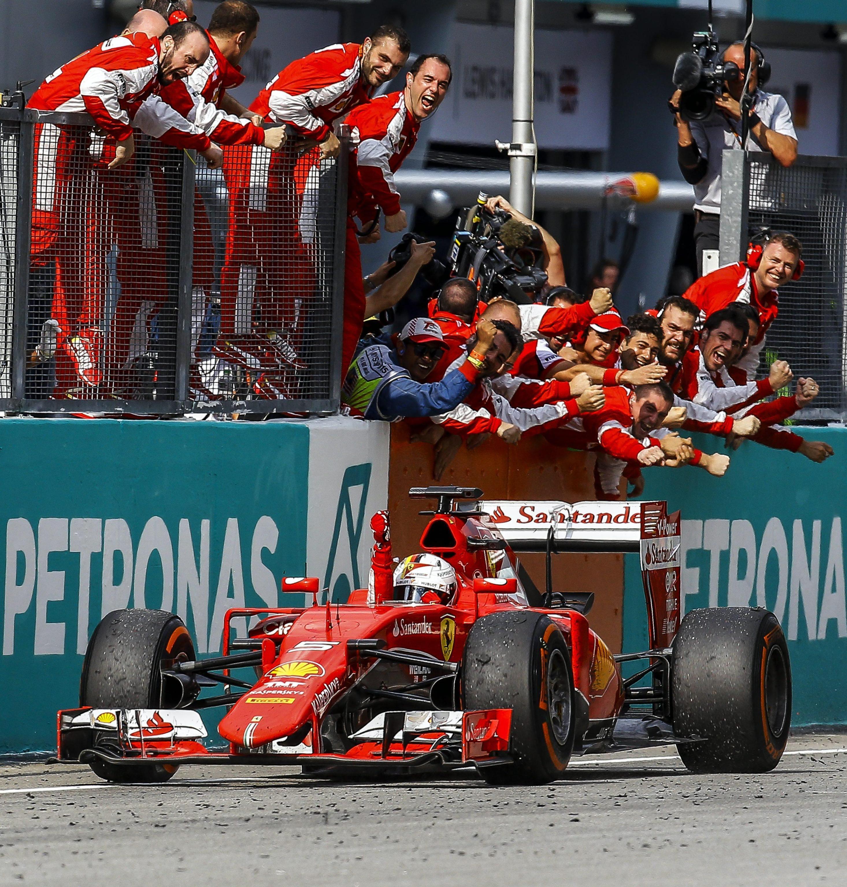 02 Ferrari & Vale