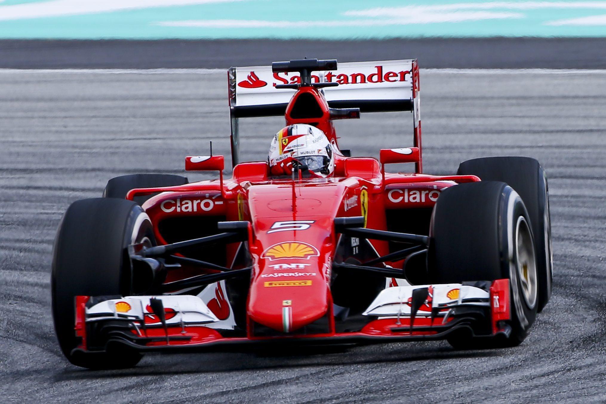 04 Ferrari & Vale