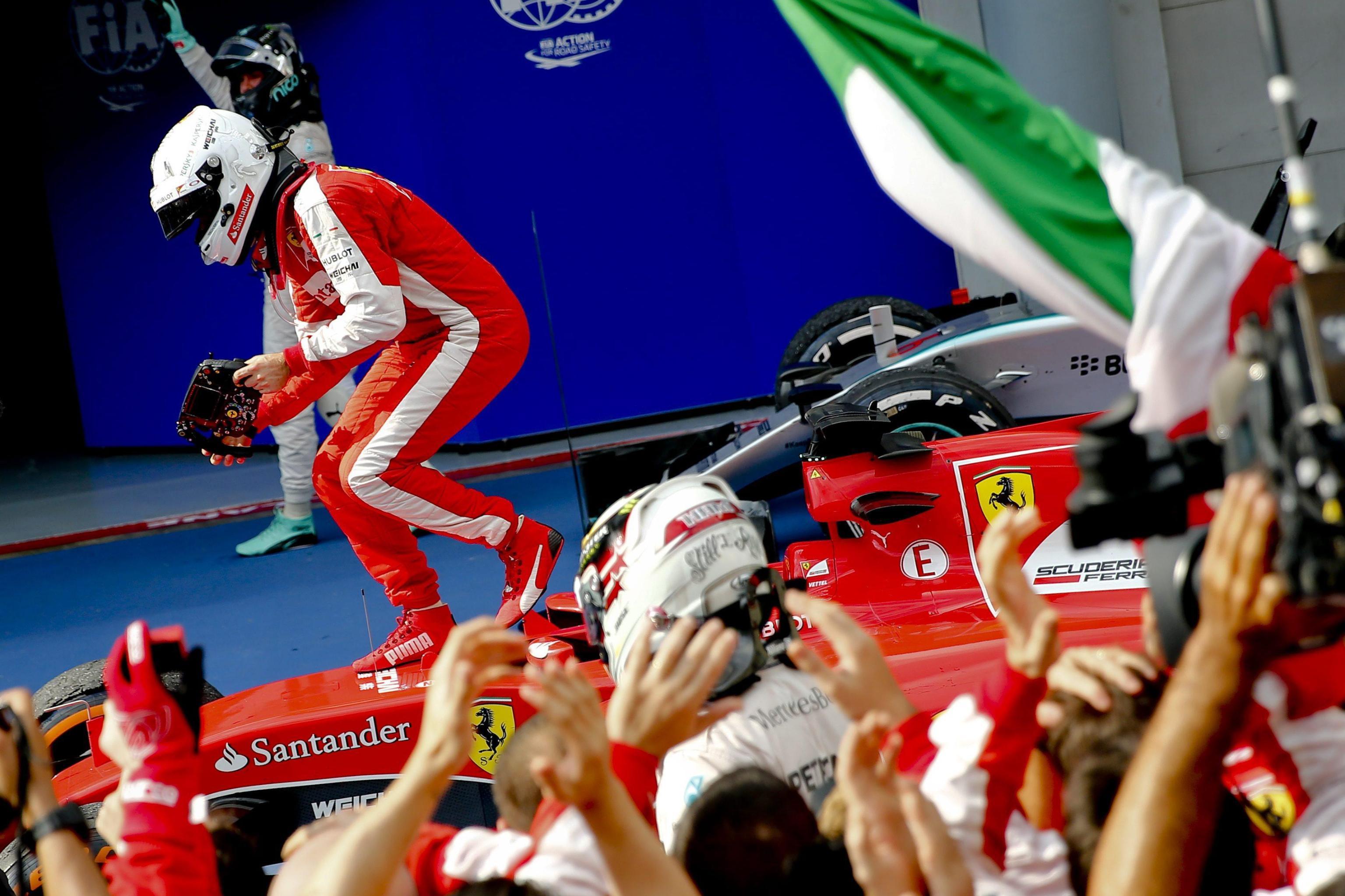 10 Ferrari & Vale