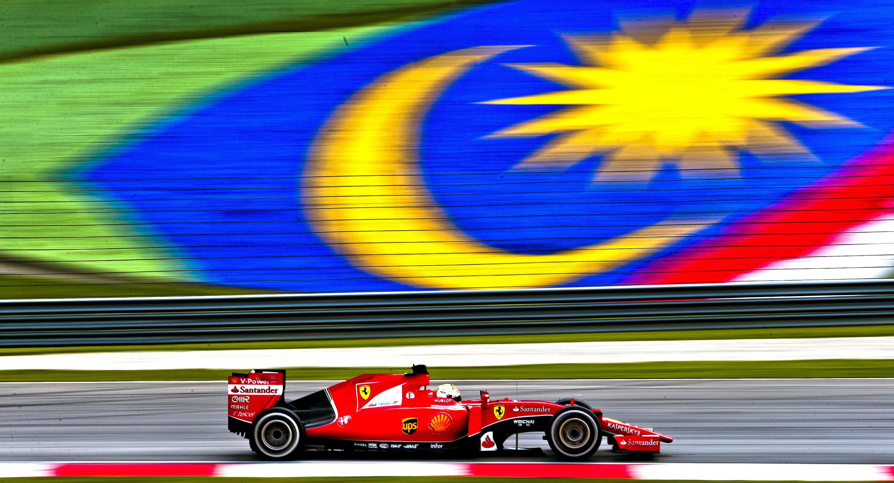 26 Ferrari & Vale