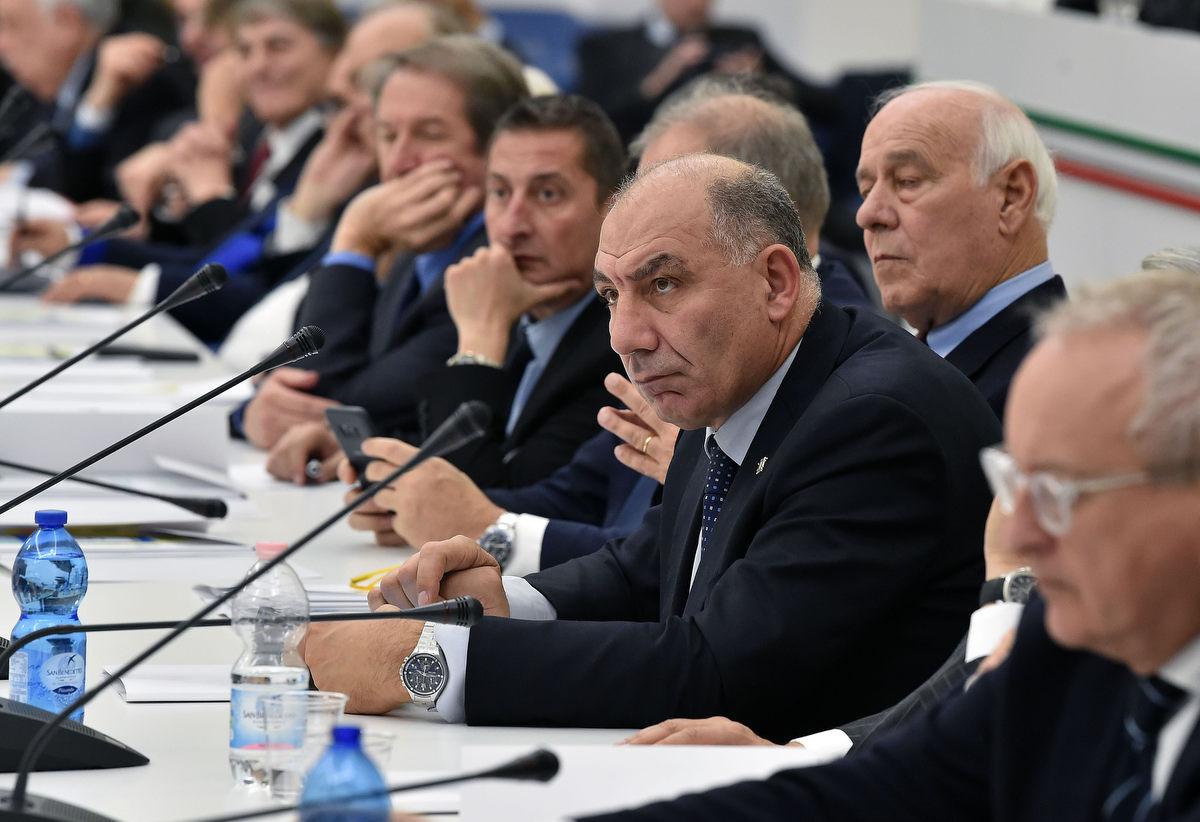 consiglio nazionale mezzelani gmt064