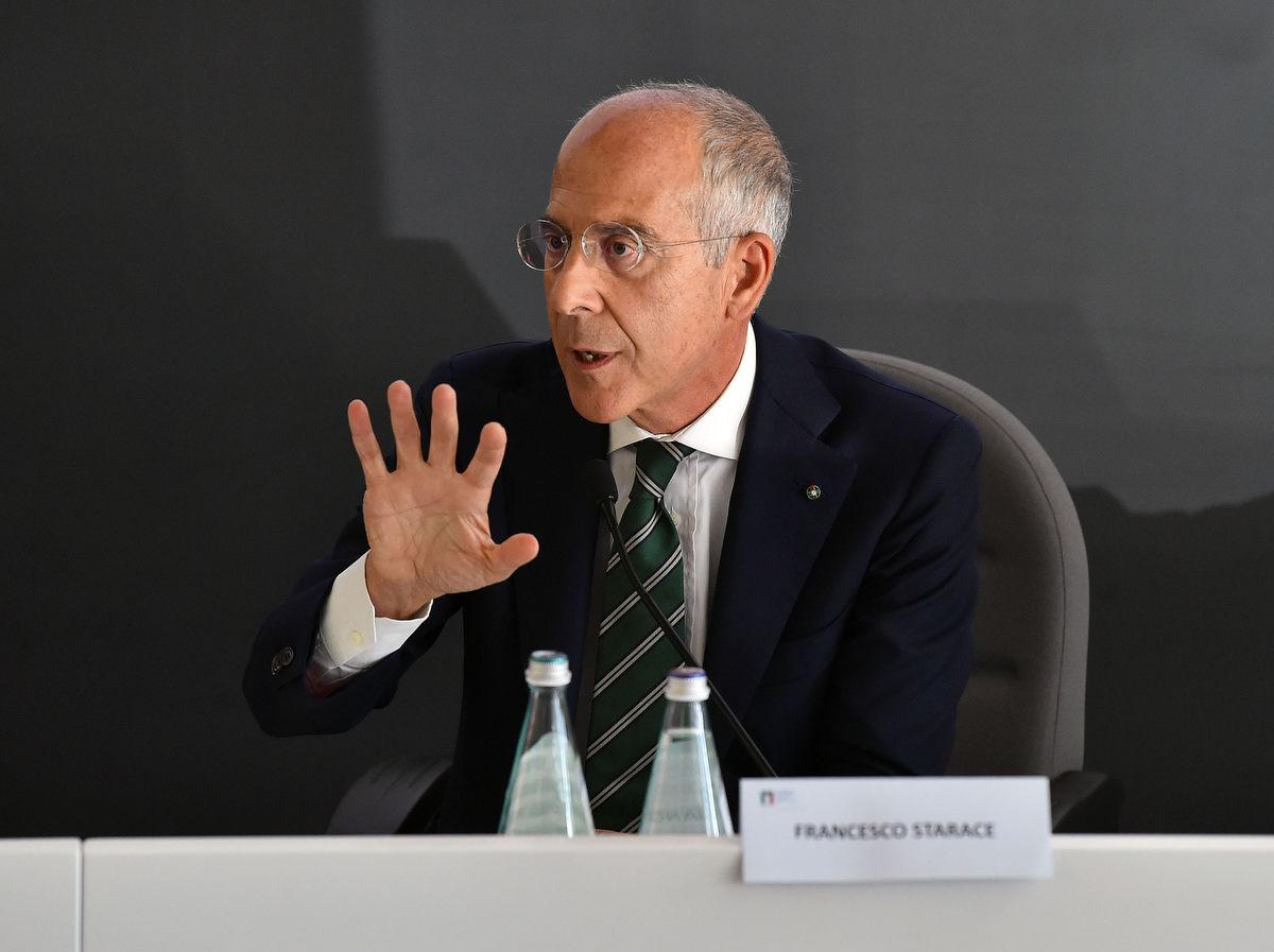 management olimpico mezzelani gmt022