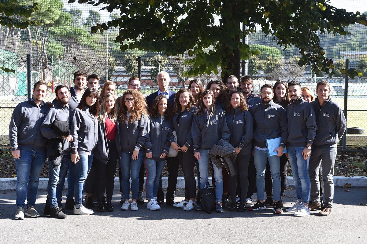 management olimpico mezzelani gmt062