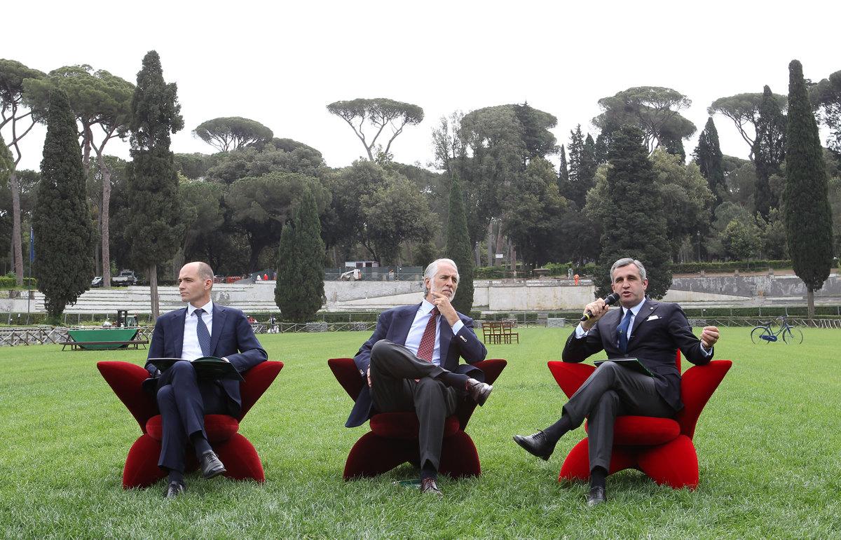 013 Presentazione Piazza di Siena Pagliaricci GMT