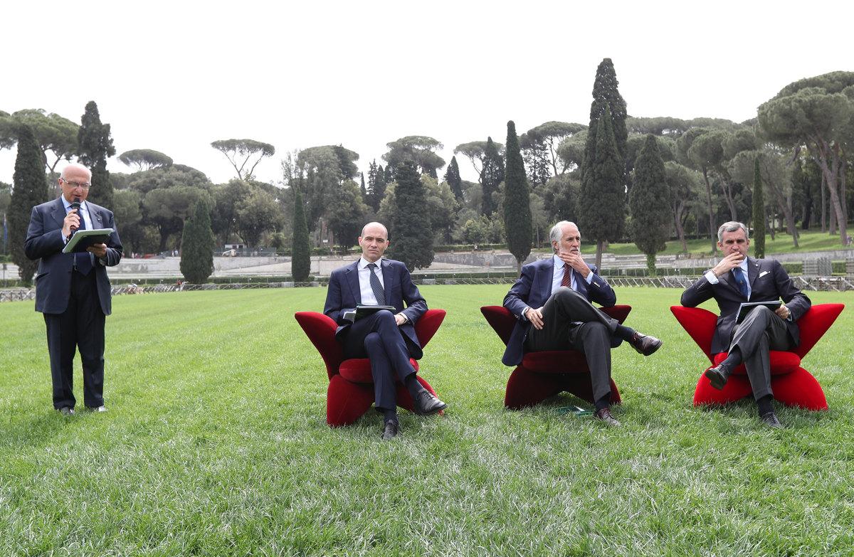 051 Presentazione Piazza di Siena Pagliaricci GMT
