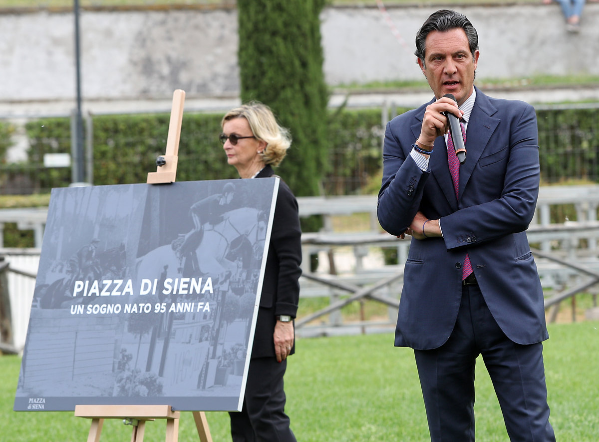 062 Presentazione Piazza di Siena Pagliaricci GMT
