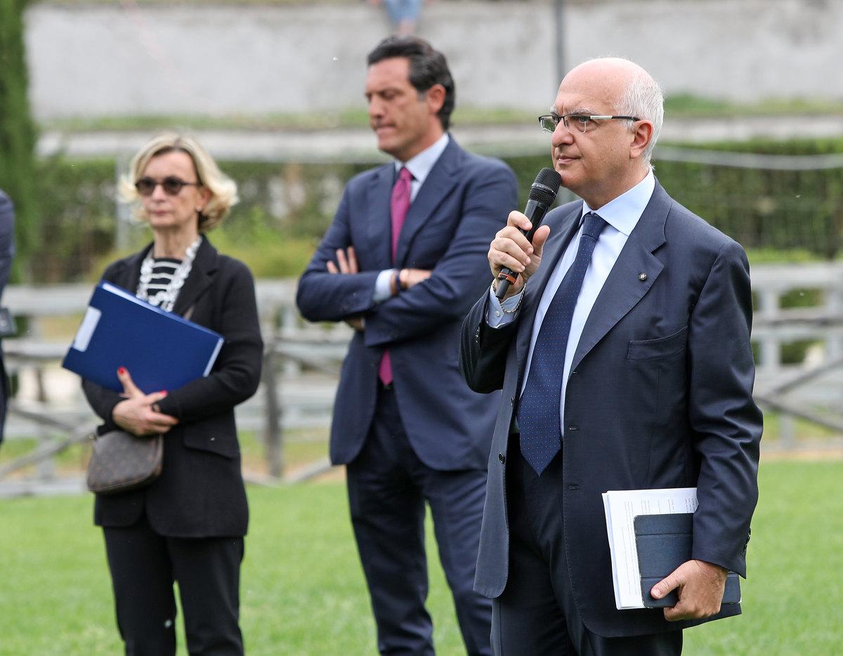 063 Presentazione Piazza di Siena Pagliaricci GMT