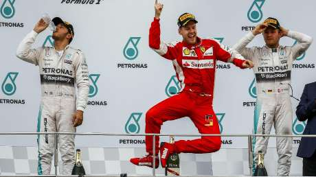 16 Ferrari & Vale