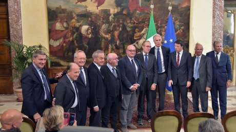 Sport e Periferie, Malagò e Renzi presentano il piano degli interventi