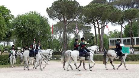029 Presentazione Piazza di Siena Pagliaricci GMT