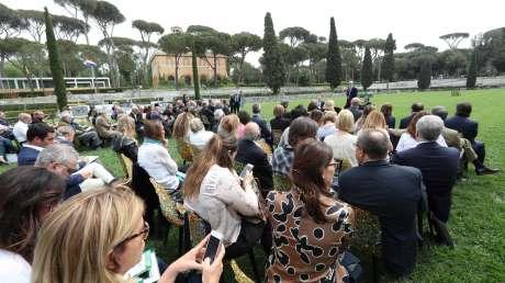 059 Presentazione Piazza di Siena Pagliaricci GMT