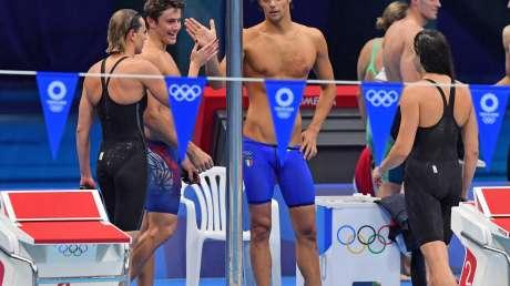 Nuoto STAFFETTA mista 4x100misti foto Simone Ferraro GMT SFA_5783 copia