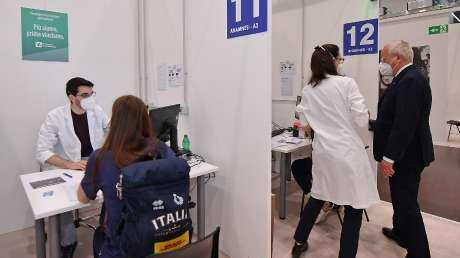 Hub Vaccinale - Ph Simone Ferraro SFA_0041 copia