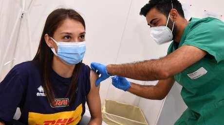 Hub Vaccinale - Ph Simone Ferraro SFA_0092 copia
